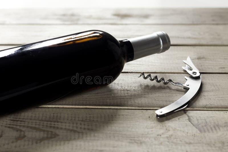 瓶和拔塞螺旋 库存照片