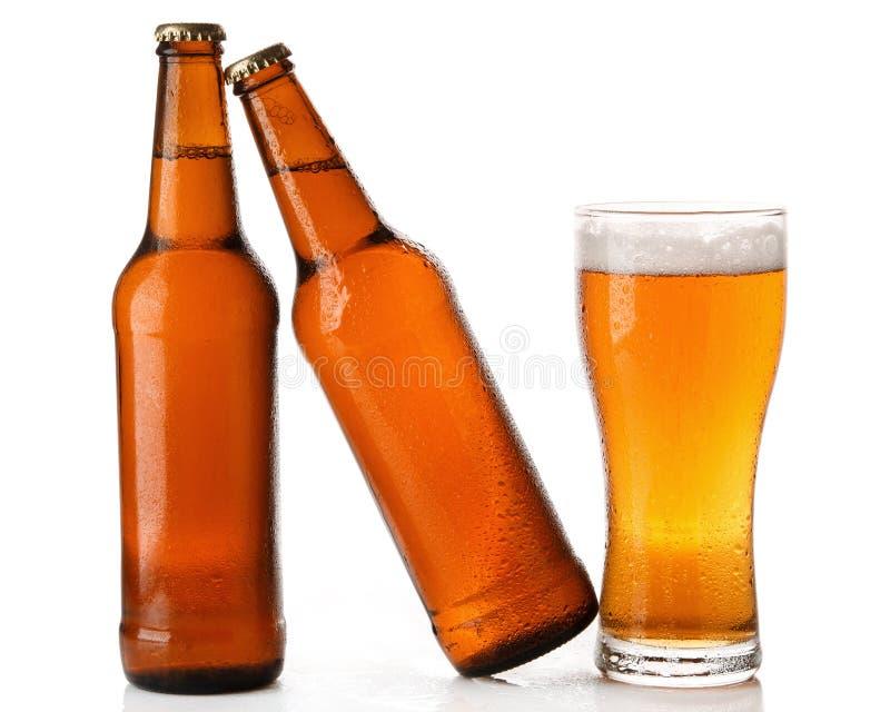 瓶和杯啤酒 库存图片