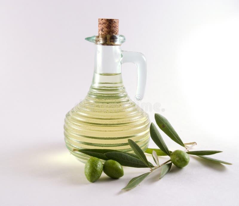瓶油橄榄橄榄 免版税库存图片