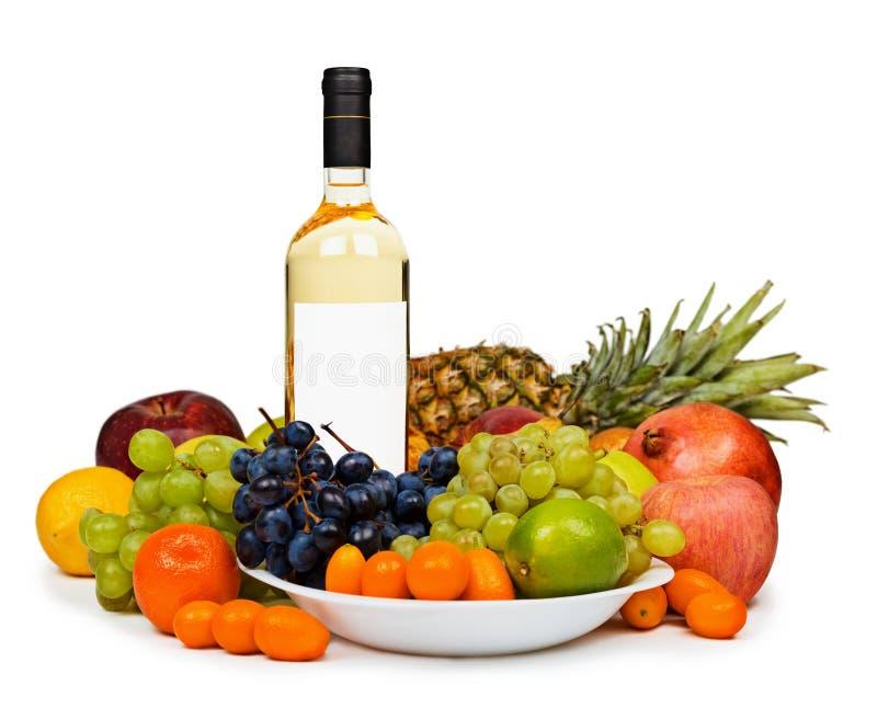 瓶结果实生活白葡萄酒 免版税库存图片