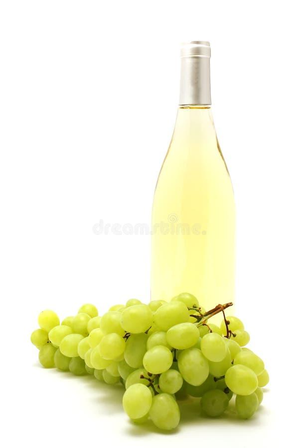 瓶葡萄白葡萄酒 库存图片