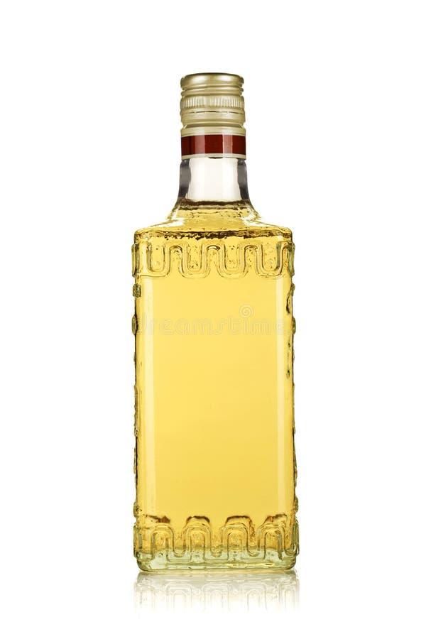 瓶金子龙舌兰酒 免版税库存图片