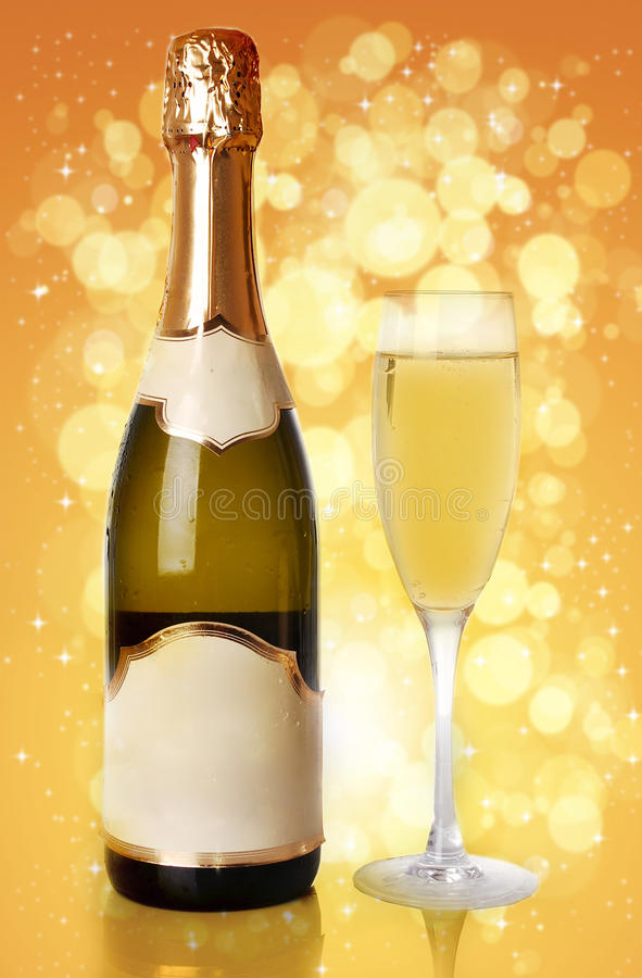 瓶香槟玻璃 库存照片