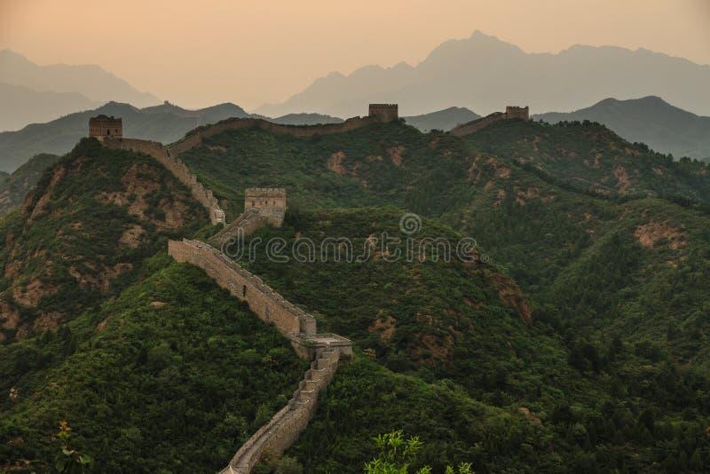 瓷极大的jinshanling的墙壁 免版税库存照片