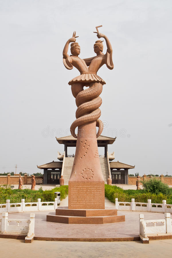 瓷fu他的nu雕刻wa新疆 免版税库存照片