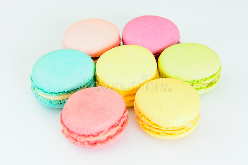 Download 甜和五颜六色的法国蛋白杏仁饼干 库存图片. 图片 包括有 照片, 减速火箭, 春天, 蛋白杏仁饼干, 背包 - 62531741