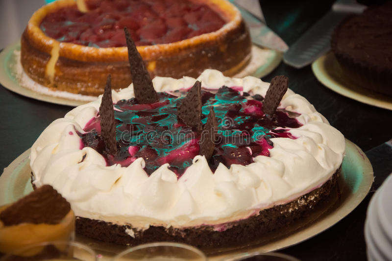 甜奶油结块用巧克力 库存图片
