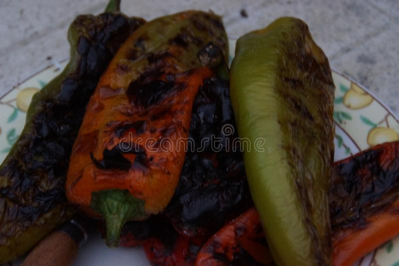 甜椒烹调与烤肉 免版税库存照片