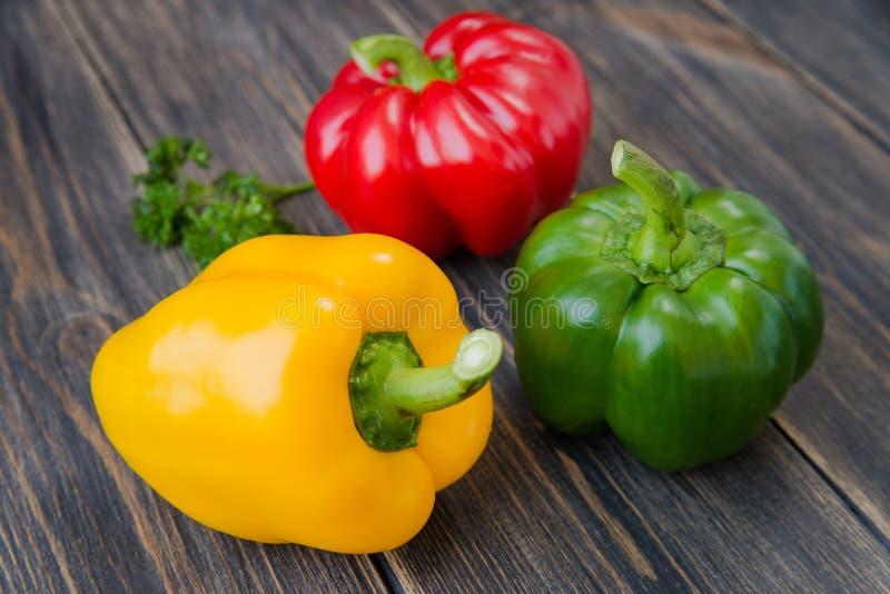 Download 甜椒被分类的五颜六色的品种 库存图片. 图片 包括有 收获, 绿色, 健康, 自然, 缓和, 特写镜头, 辣椒的果实 - 72352997