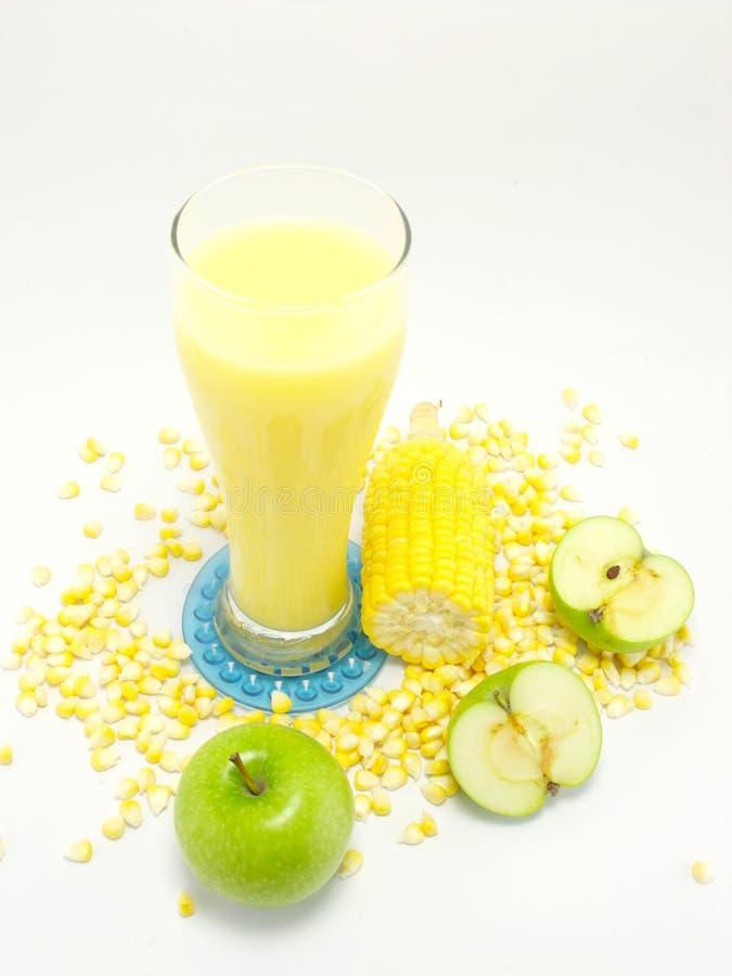 甜玉米汁玉米牛奶 库存图片