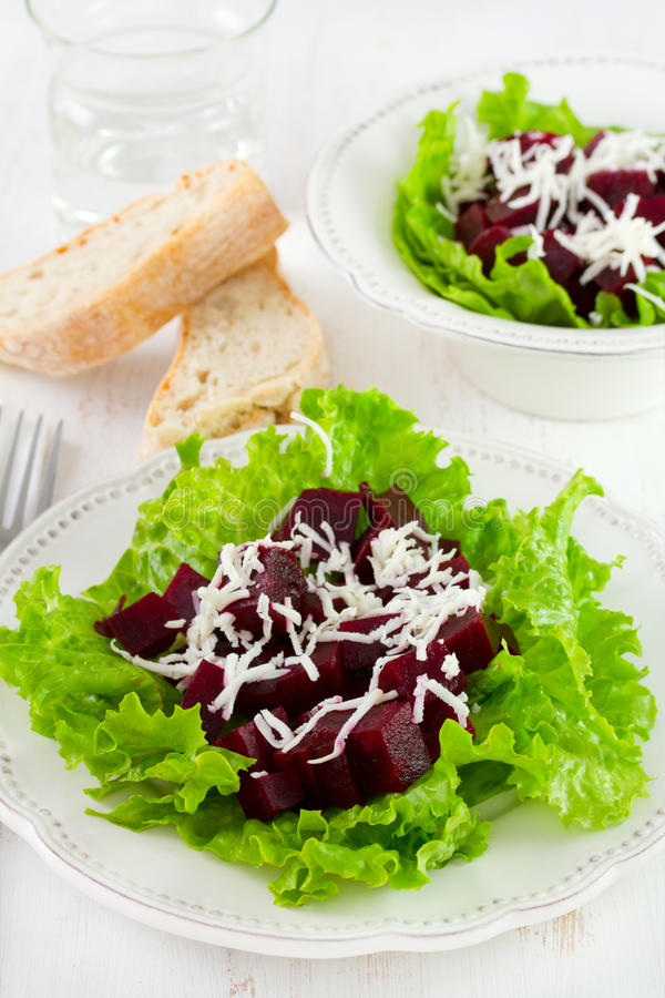Download 甜菜用乳酪 库存图片. 图片 包括有 食物, 玻璃, 饮食, 干酪, 准备, 健康, 绿色, 空白, 蔬菜 - 30335039