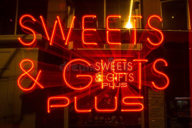 甜霓虹放大唐人街,维多利亚, BC 库存照片