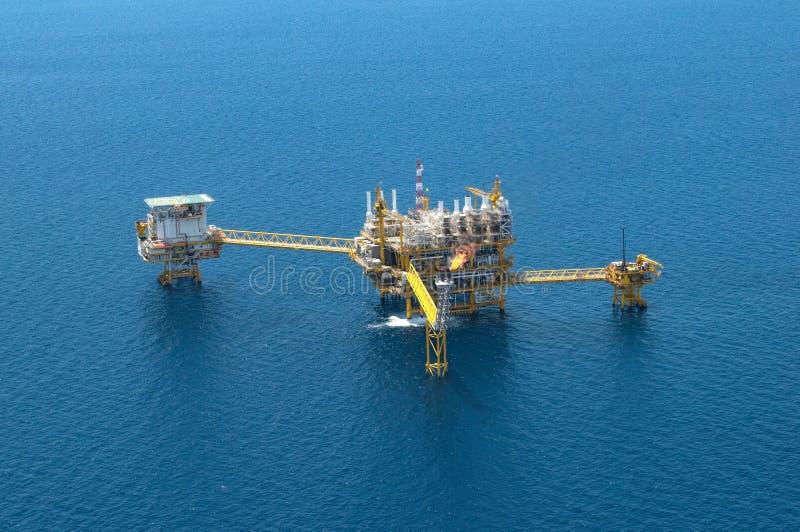 生产油和煤气的, Aeria近海建筑平台 库存照片