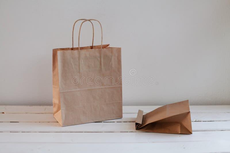 生态工艺包裹和多汁植物 库存照片