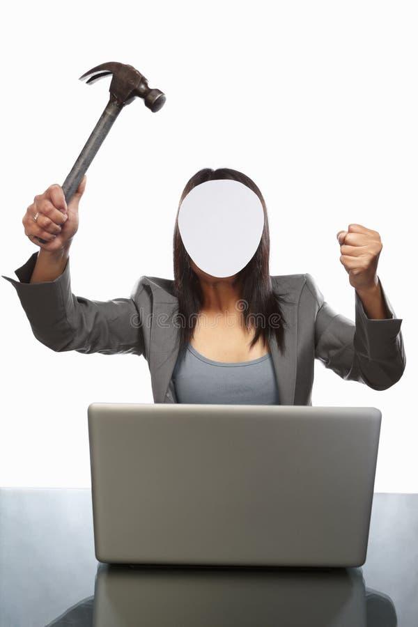 生意人匿名的膝上型计算机 库存图片