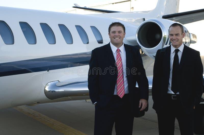 生意人总公司前喷气机身分 图库摄影