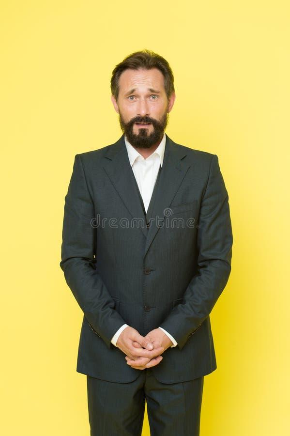 生意人确信的诉讼 企业时尚和着装条例 商人 有胡子的人 男性正式时尚 残酷地 库存照片