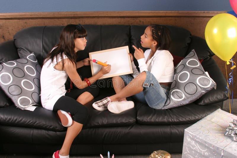 生日乐趣女孩集会年轻人 免版税图库摄影