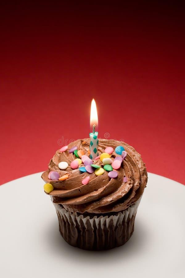 生日杯形蛋糕iii 库存照片