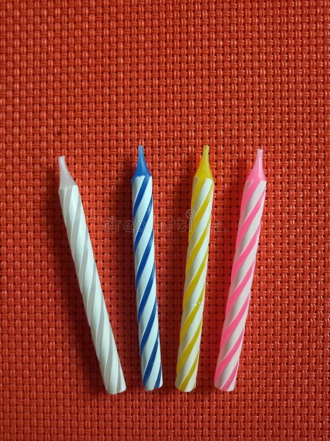 生日烛台五颜六色的条纹 库存图片