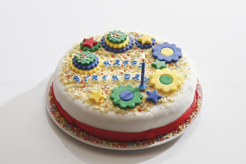 生日燃烧蛋糕蜡烛 免版税库存照片