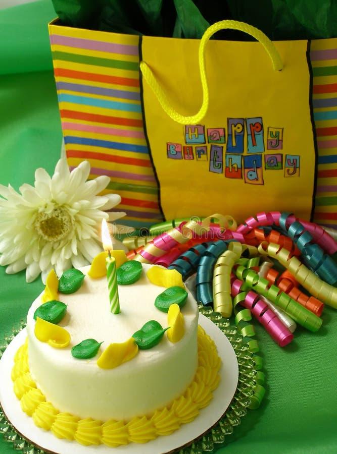 生日绿色黄色 库存图片