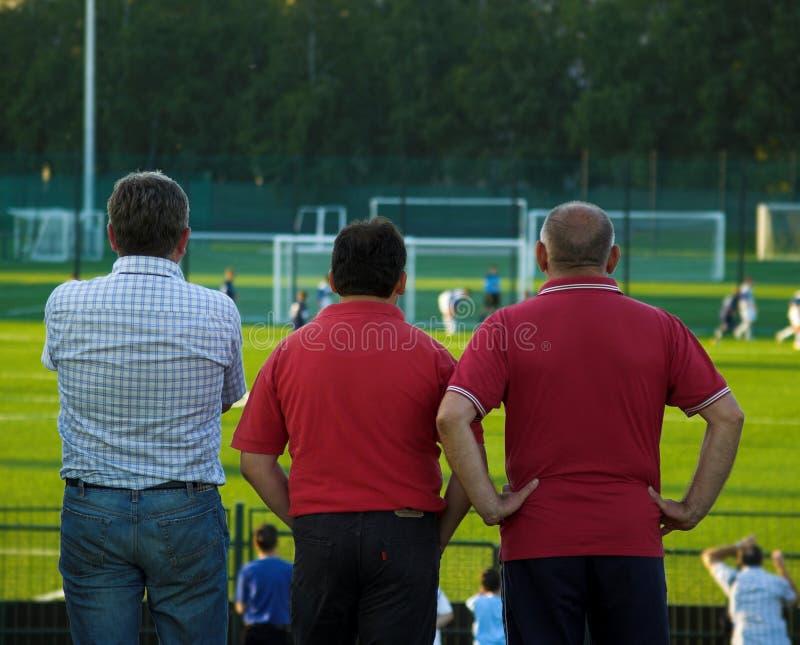 生橄榄球赛注意 图库摄影