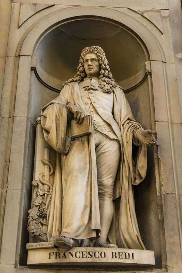 生物学家弗朗切斯科・雷迪纪念碑在佛罗伦萨,意大利 免版税库存照片