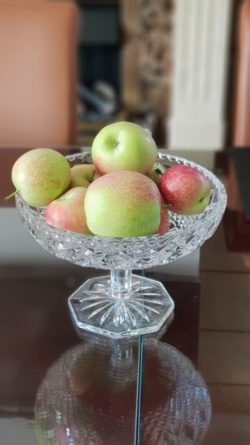 生物红色苹果 免版税库存照片