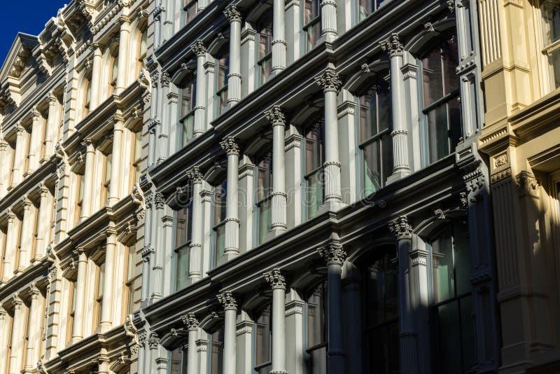 生铁门面在伦敦苏豪区,曼哈顿,纽约 免版税库存图片