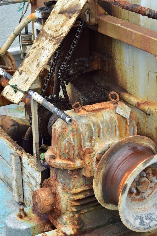 生锈的商业捕鱼业设备 库存照片
