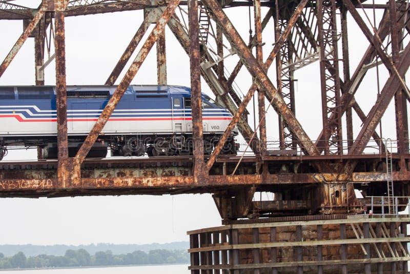 生锈的桥梁 库存图片