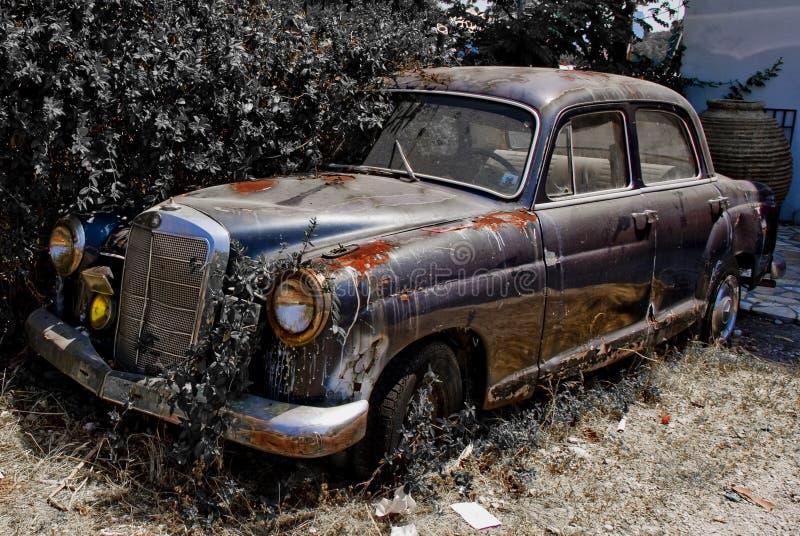 生锈的汽车老 库存图片
