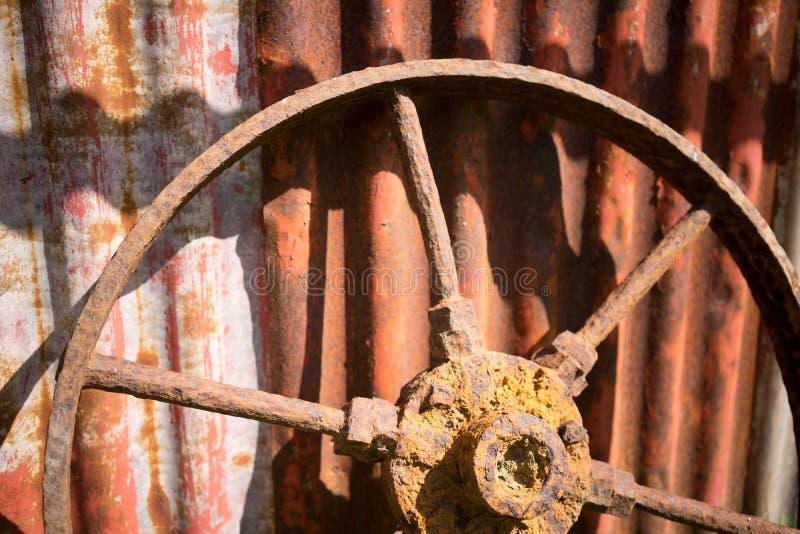 生锈的轮子 免版税库存照片
