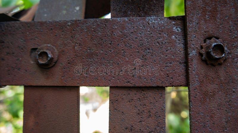 生锈的铁设计背景和纹理铁墙壁  免版税库存图片