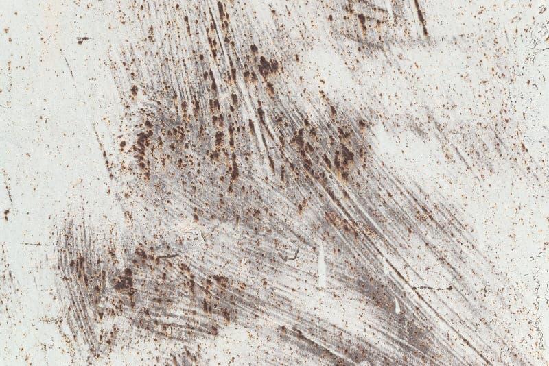 生锈的铁,老金属表面上的破裂的油漆,生锈的金属板料纹理与破裂和片状油漆,抽象生锈的 库存照片
