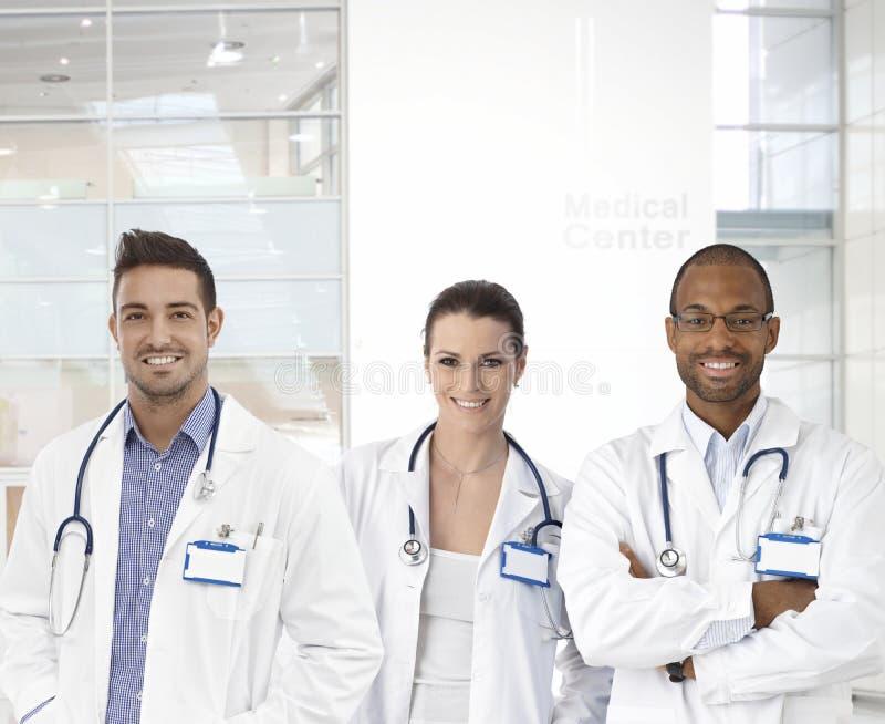 年轻医生队 免版税图库摄影