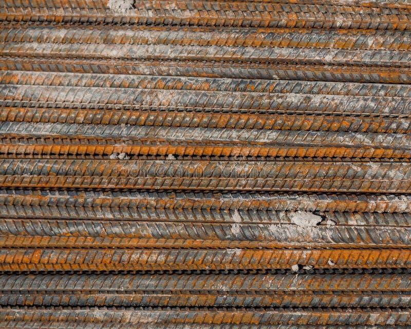 用于建筑背景的生锈的钢筋钢 免版税库存图片