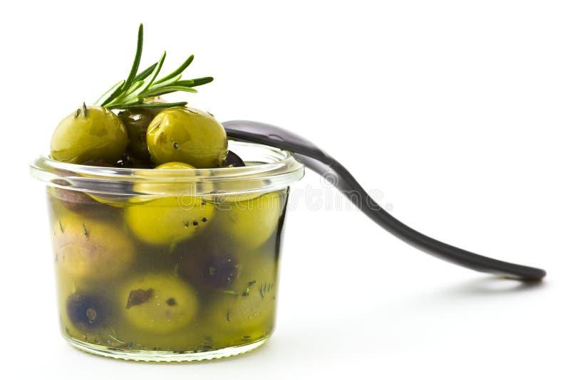用卤汁泡的橄榄 库存图片