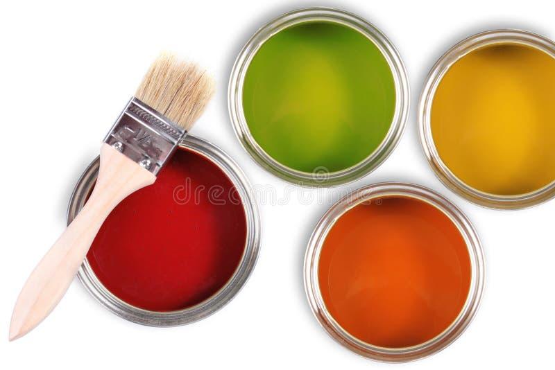 用桶提五颜六色的油漆油漆刷 免版税库存图片