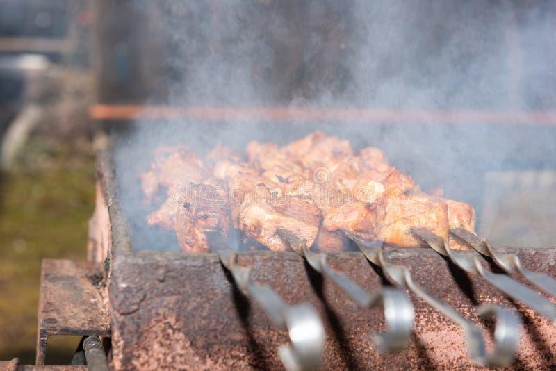用灵魂烹制的煤烤肉 库存照片