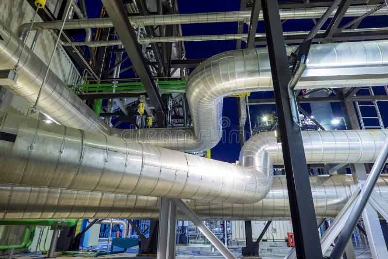 用管道输送与锅炉的绝缘材料 免版税库存图片