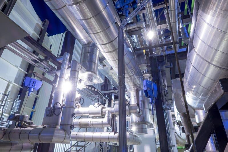 用管道输送与锅炉的绝缘材料 免版税库存照片