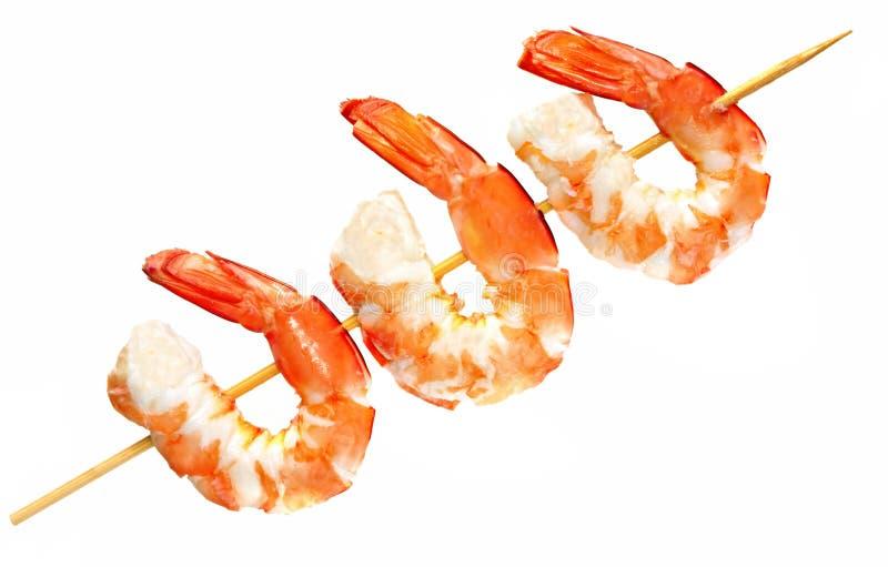 用针串起的大虾 免版税库存图片