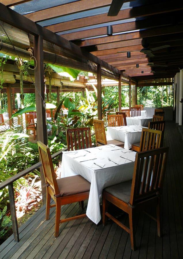 用餐室外露台餐馆 免版税库存图片