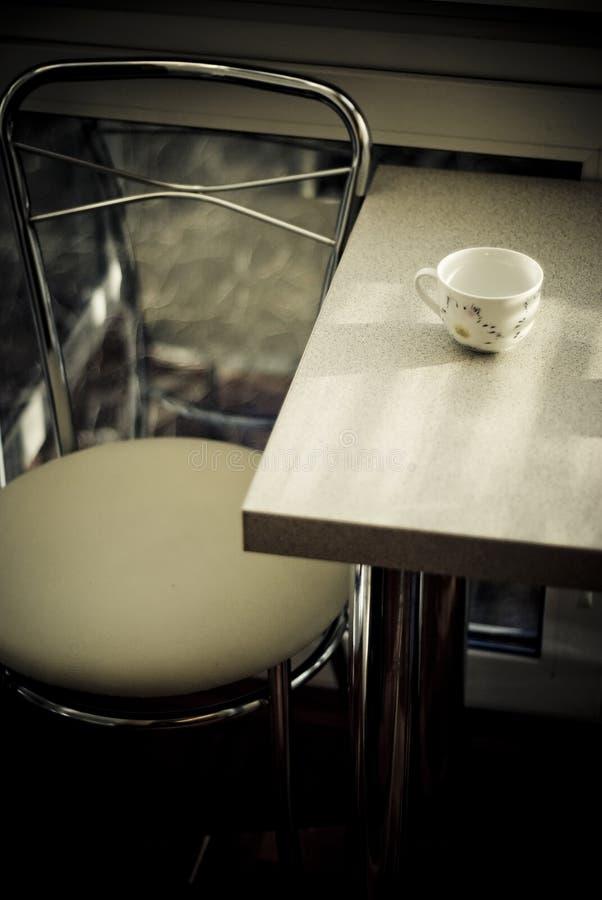 用餐浪漫表的咖啡馆 库存图片