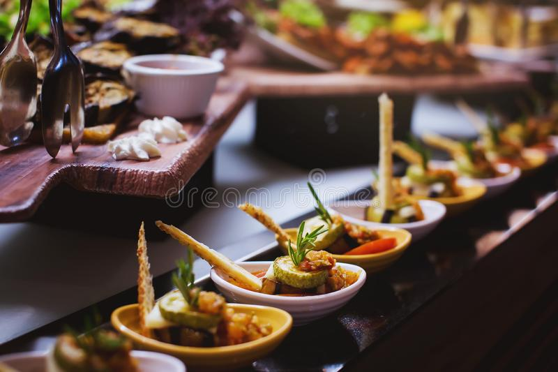 用餐食物庆祝党概念的烹调烹饪自助餐晚餐承办酒席 库存图片