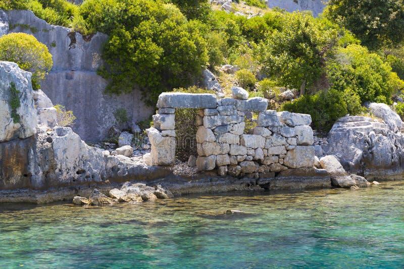 由于地震城市的被充斥的古老Lycian市 免版税库存照片