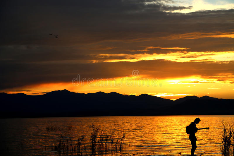 由日落1的音乐 图库摄影