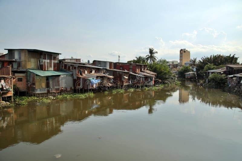 由河,西贡,越南的胡志明市贫民窟 免版税库存图片
